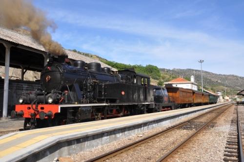 Douro historic train